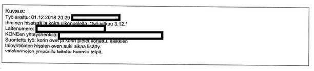 Kuva dokumentista, jossa kerrotaan hissille suoritetusta huoltotyöstä. Dokumentista ilmenee, että kaikkien taloyhtiön hissien ovien aukioloaikaa on pidennetty.
