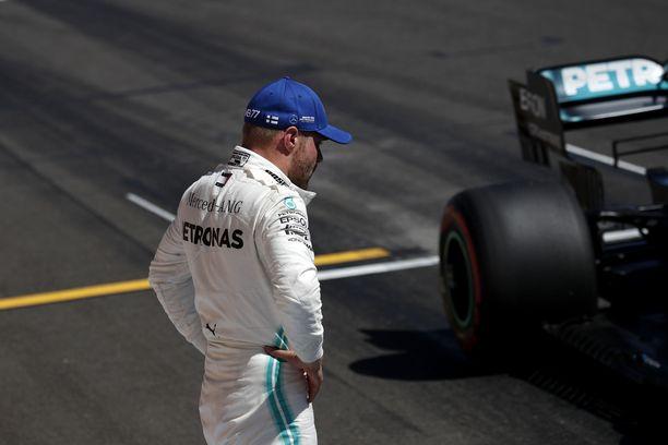 Valtteri Bottas ei yltänyt paalupaikalle Ranskan GP:n aika-ajossa.