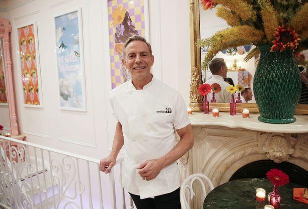 Serendipity 3:n luova johtaja Joe Calderone isännöi ravintolan uudelleenavaamista heinäkuun puolivälissä.