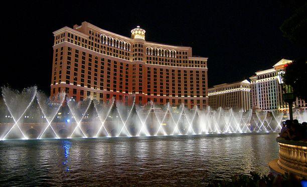 Bellagio on kuuluisa tanssivista suihkulähteistä.