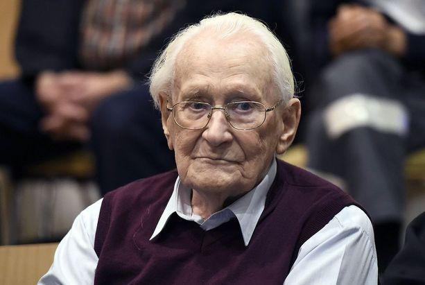 Oskar Gröning tuomionluvussa kesäkuussa 2015.