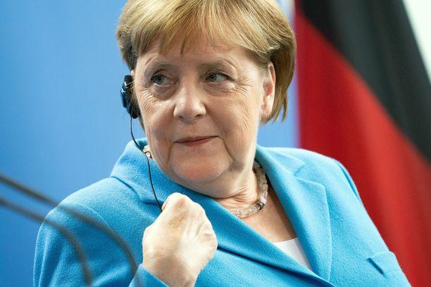 Angela Merkel on vakuutellut voivansa hyvin.