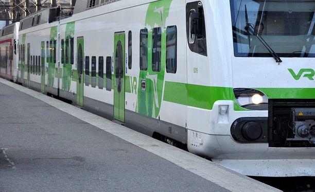 Mäntyharjun ja Kouvolan välinen henkilöjunaliikenne korvataan ainakin maanantaina linja-autoilla.
