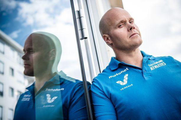Moukarimestari David Söderberg tarkkailee kroppansa ja päänsä kuntoa lähiviikot. Päätös urheilu-uran tulevaisuudesta syntyy joulukuun aikana.