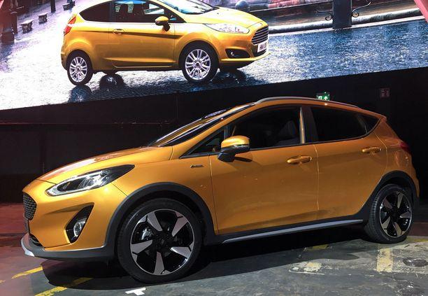 Tulevaisuudessa autojen matkustamoja suunnitellaan nykyistä enemmän viihtymistä varten, kun autot ajavat autonomisesti.
