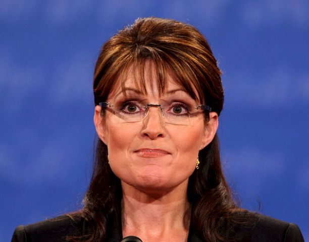 KOVAT PIIPUSSA. Sarah Palin veti hihastaan terrorismikortin.
