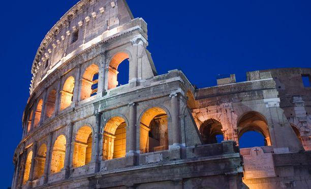 Italiaan matkoja välittävä Gaia Travels myöntää, että isoissa italialaiskaupungeissa, kuten Roomassa ja Milanossa turistille voi tulla varomattomuudesta ikävyyksiä.