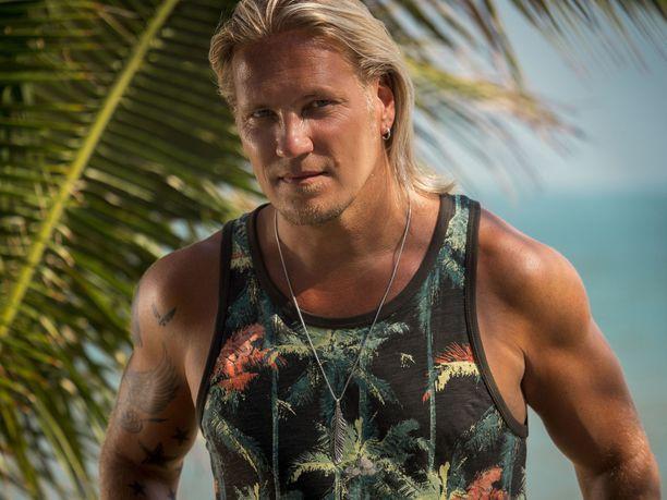 Sami Kuronen juontaa Temptation Island Suomea jo seitsemättä kertaa.