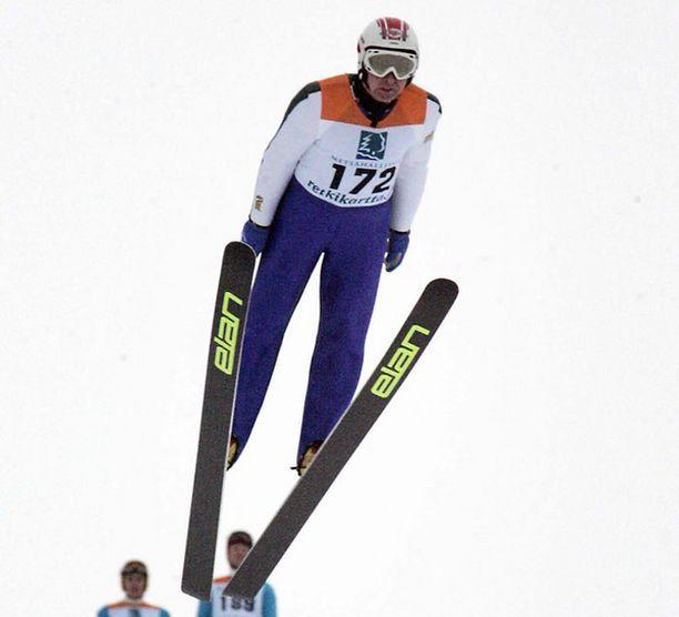 Matti Nykänen oli ensimmäisen kierroksen jälkeen neljäntenä.
