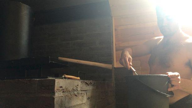 Uudessa saunassa saa mehevät löylyt.