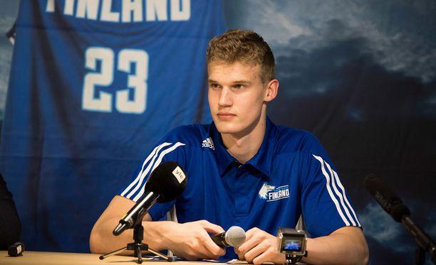 Lauri Markkanen osallistuu NBA:n varaustilaisuuteen 22. kesäkuuta.