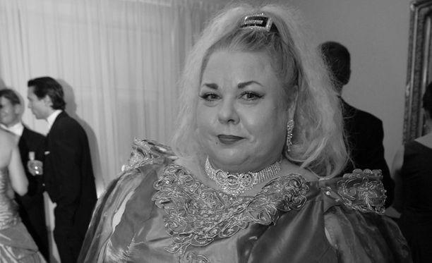 Anne Taskinen kuului Linnan kuvatuimpiin viihdetähtiin vuonna 2007.