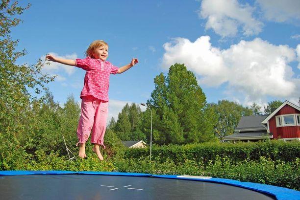 Liikunta kaikissa muodoissaan tekee lapselle hyvää.