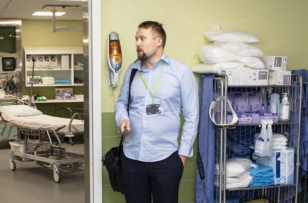 Etelä-Savon sosiaali- ja terveyspalvelujen kuntayhtymän Essoten terveysvalvonnan johtaja Santeri Seppälä toivoo, että liikkuminen olisi vähäistä ja mökeille ei tultaisi, edes Uudenmaan ulkopuolelta.