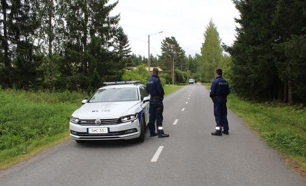 Poliisi etsi vauvaa iltapäivällä Laukaassa.