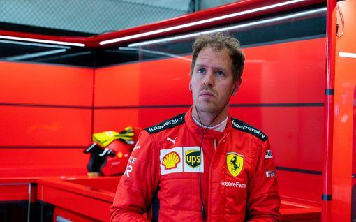 """Piskuisen F1-tallin värikäs pomo on valmis palkkaamaan Sebastian Vettelin: """"Haluaako hän oikeasti?"""""""