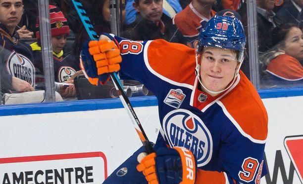 Edmontonin Jesse Puljujärvi olisi kova vahvistus Nuorille Leijonille.