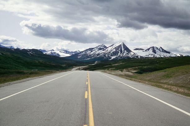 Alaskan vuoristoista ja vaikuttavaa luontoa.