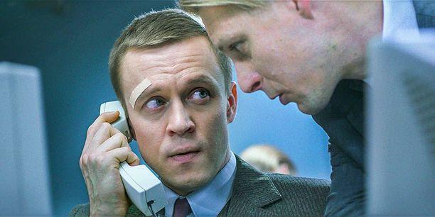 Toomas joutuu kovaan testiin, kun hän aloittaa työt Viron Nordbankissa.