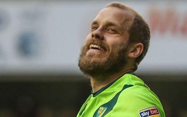 Teemu Pukin tähdittämä Norwich iskee perjantai-iltana Swansean kimppuun.