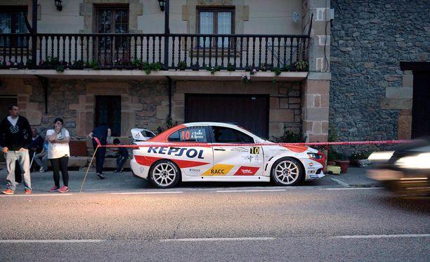 Kuljettaja Jan Solas menetti autonsa hallinnan Espanjassa järjestetyssä rallikisassa.