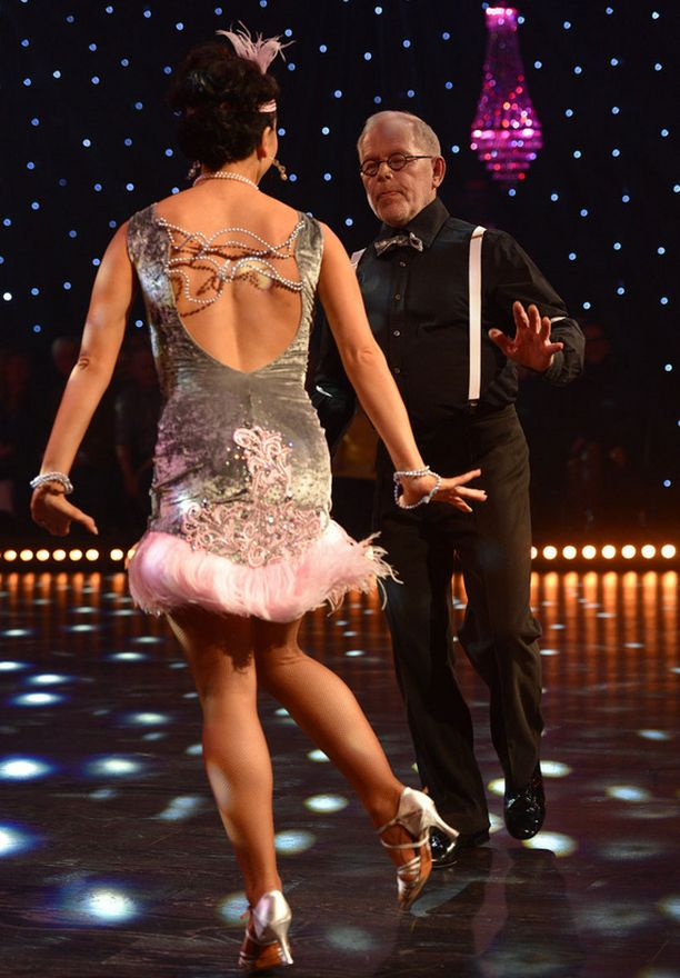 Ristomatti Ratia ei pudonnut tuomareiden harmiksi tanssikisasta millään.