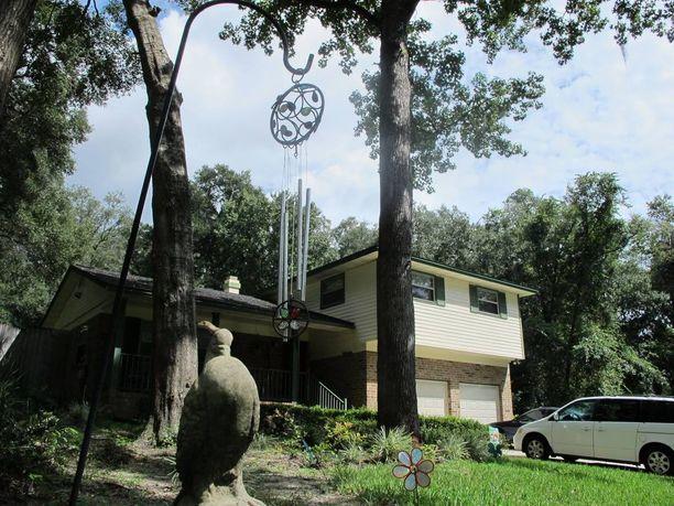 RIKOSPAIKKA Joshua Goldbergin kotitalo Floridassa.