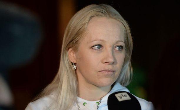 Kaisa Mäkäräinen joutui vastailemaan outoihin kysymyksiin.