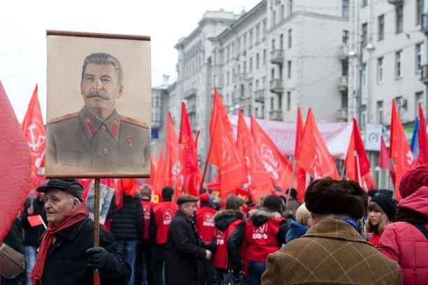 Josif Stalinin suosio on noussut Venäjällä tasaisesti viime vuosina, vaikka varsinkin vanhempi väki on tietoinen hänen hirmuteoistaan.