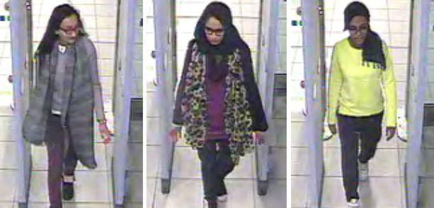 Kadiza Sultana, 16, Shamima Begum,15, ja Amira Abase, 15, kulkivat Gatwickin lentokentän porteista ja lensivät Turkkiin.