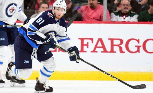Kyle Connor, 20, pelasi viime kaudella 20 ottelua NHL:ssä. Niissä amerikkalaishyökkääjä teki pisteet 2+3.