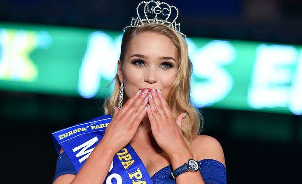 Upea Arna voitti Miss EM 2016 -kisan viime kesäkuussa.