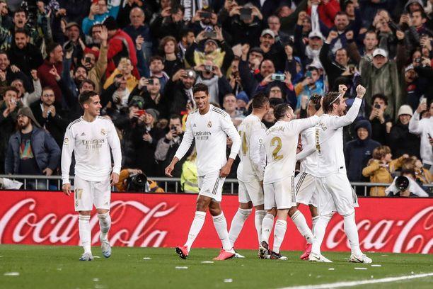 Real Madrid joutuu pelaamaan kaksi kotiottelua tyhjille katsomoille.