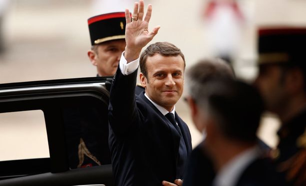 Emmanuel Macron on nyt virallisesti Ranskan presidentti.