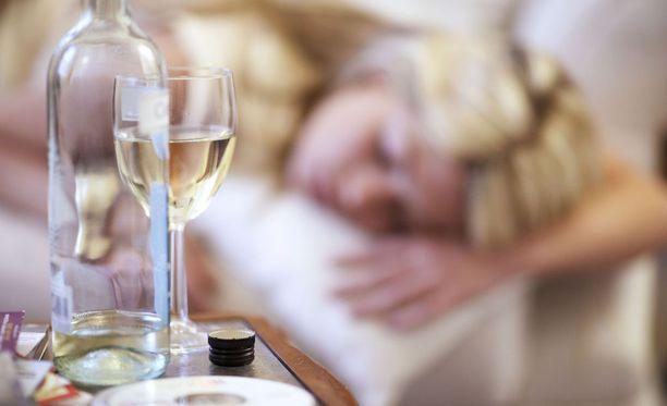 Jos juominen mietityttää, kannattaa siihen puuttua heti.