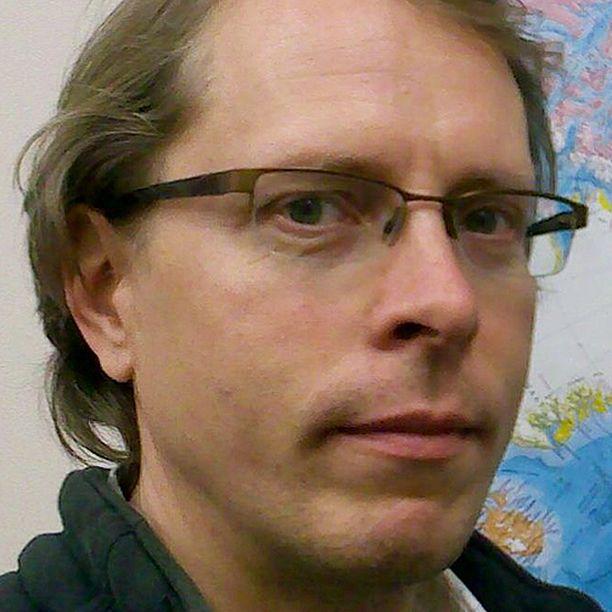 Ilmatieteen laitoksen tutkimusprofessori Petteri Uotila.
