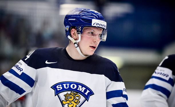 Joonas Kemppainen säväytti viime kaudella paitsi Kärpissä myös Tshekin MM-kisoissa.