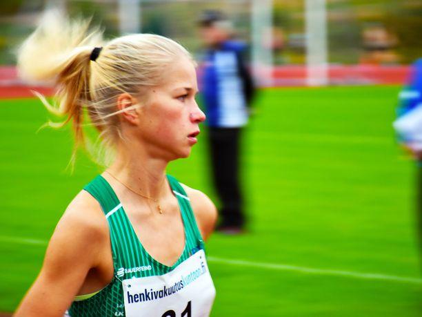 Alisa Vainion pitää palautua kunnolla lauantain SM-maratonista, linjaa Iltalehden asiantuntija Toni Roponen.