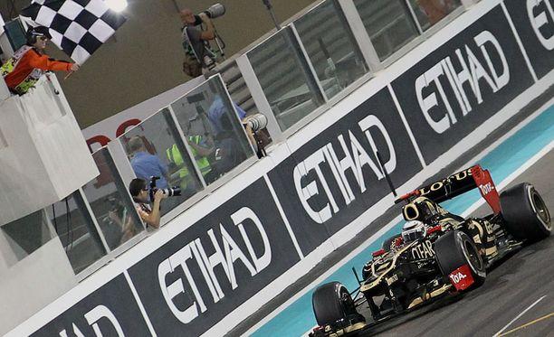 Tämä Kimi Räikkösen voittoauto oli tiistaina Robert Kubicalla lainassa.