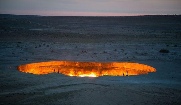 """""""Ovi helvettiin"""" on ihmisen aikaansaannos."""