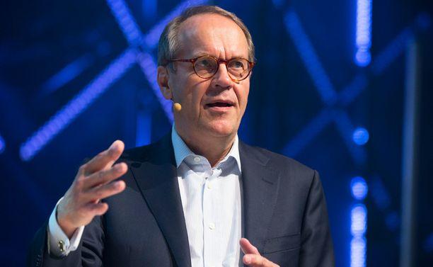 Nokian entinen pääjohtaja Jorma Ollila lähtee luotsaamaan suomalaista viestintätoimistoa.