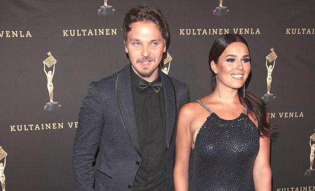 Roope Salminen ja Sara Sieppi lomailevat Egyptissä.