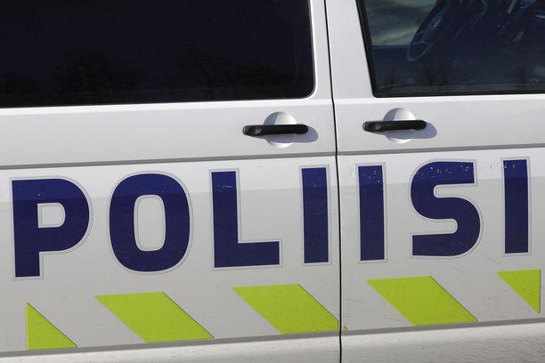 Poliisin haaviin jäi maanantaina kuljettaja, joka on vuoden sisällä jäänyt useita kertoja kiinni kortitta ajamisesta.