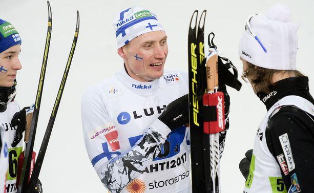 Hannu Manninen on yhdistetyn MM-joukkueen rakastettu konkari.
