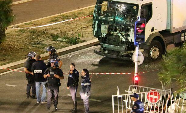 Epäiltu tappoi 84 ihmistä. Tälä hetkellä 50 on kriittisessä tilassa.
