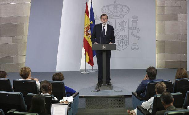 Pääministeri Rajoyn mukaan kansanäänestyksen tuloksella ei olisi lainvoimaa.
