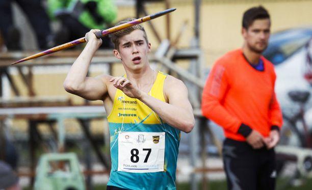 Vuonna 1998 syntynyt Toni Keränen on 700-grammaisen SE-urheilija.