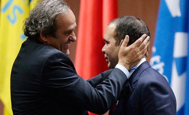 Michel Platini ja Prinssi Ali ovat vahvimpien seuraajaehdokkaiden joukossa.
