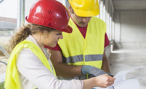 Rakennusalan ammattilaisille on töitä.