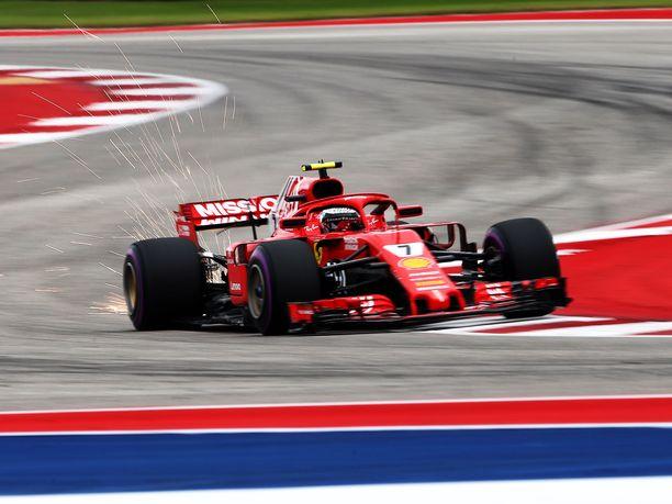 Kimi Räikkönen vauhdissa Austinin radalla.